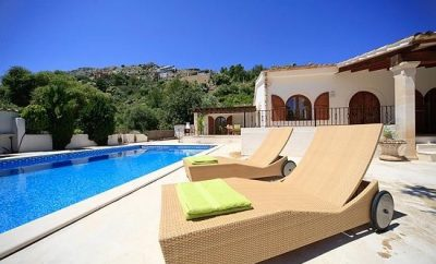 Comfortable villa with big sized pool close to Pollensa