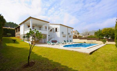 Cozy villa close to the beach in Puerto Pollensa